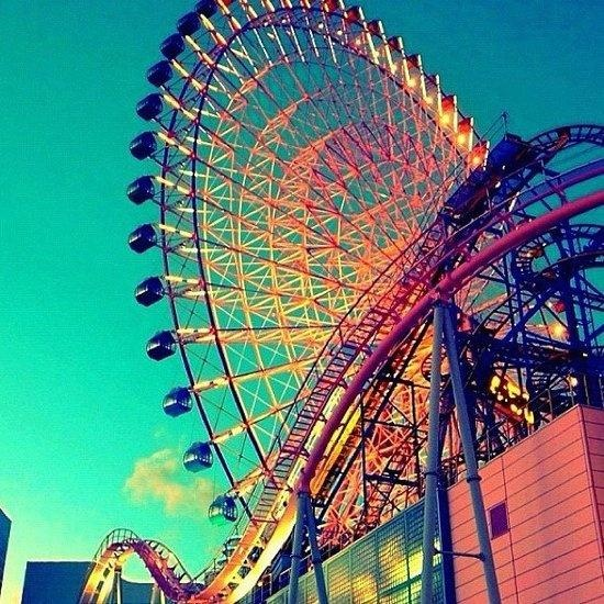 What Are The Benefits Of A Big Ferris Wheel For Theme Parks