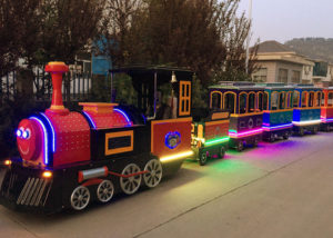 Reasons To Buy A Trackless Train For An Amusement Park Or Shopping Center