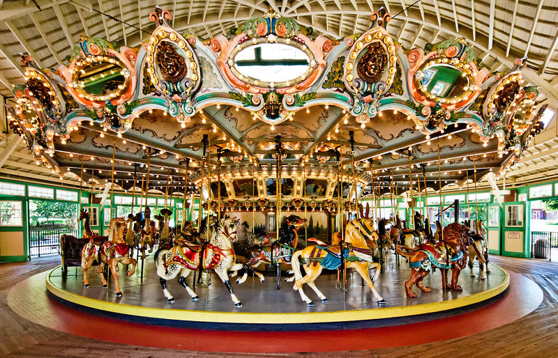 Why Indoor Carousels Are Good Choices For Amusement Parks