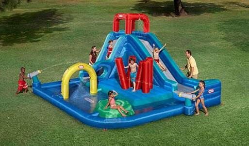 Merveilleux Tips For Choose The Right Inflatable Water Slides For A Backyard Party