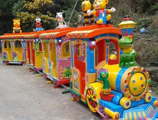 Buy A Mini Train And Bring Adventure To Your Backyard