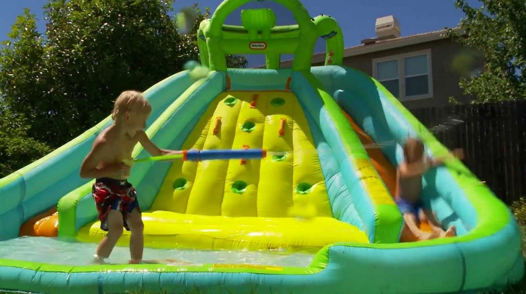 Finding The Right Big Inflatable Water Slide