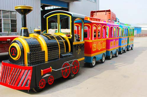 Finding A Safe Quiet And Environmentally Friendly Mall Train