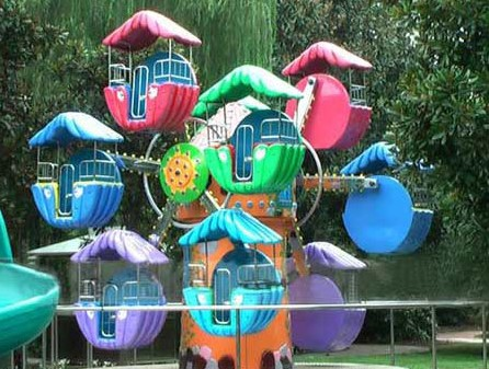 Refresh The Kids Amusement Section With A Double Face Ferris Wheel
