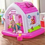Choosing Great Indoor And Outdoor Small Bounce Houses for Kids
