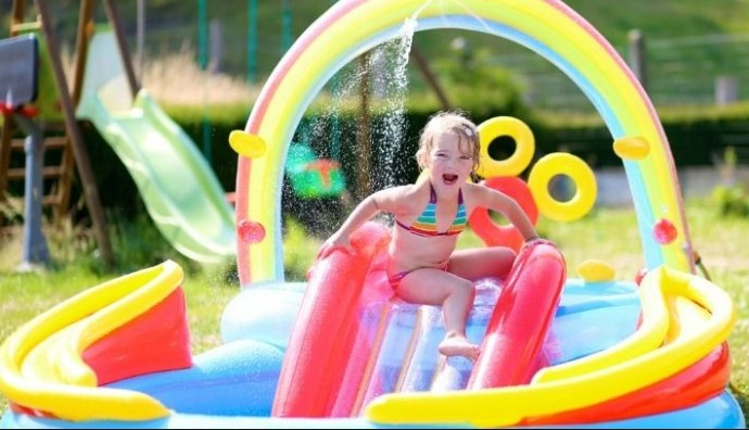Important Things to Consider When Buying Kids Inflateable Swimming Pools