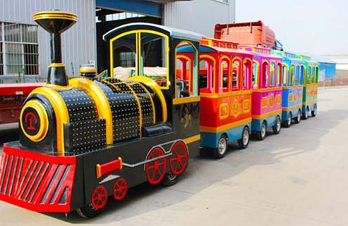 The Differences Between Steel And Plastic Barrel Train Cars