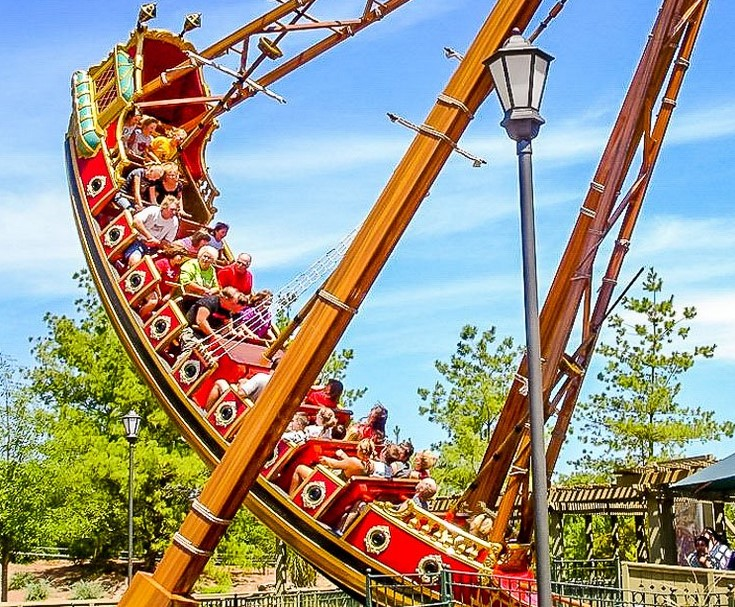 Tips For Buying A Pirate Ship Ride