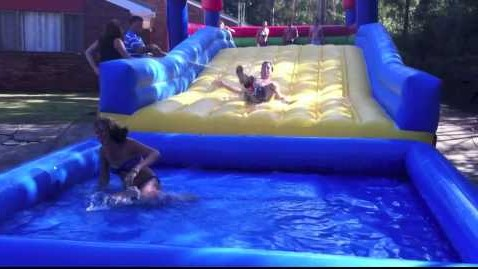 Using Inflatable Water Slides For Adults As Party Entertainments